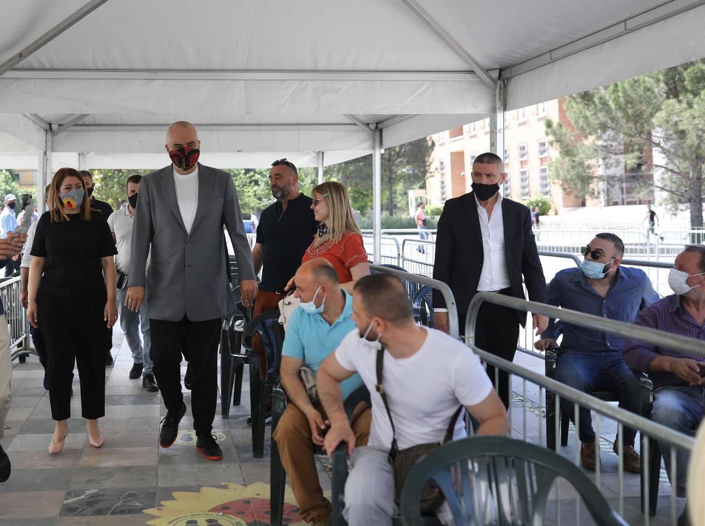 """""""Drejt objektivit 1 milion"""", Manastirliu publikon shifrat: Sa persona u vaksinuan sot"""