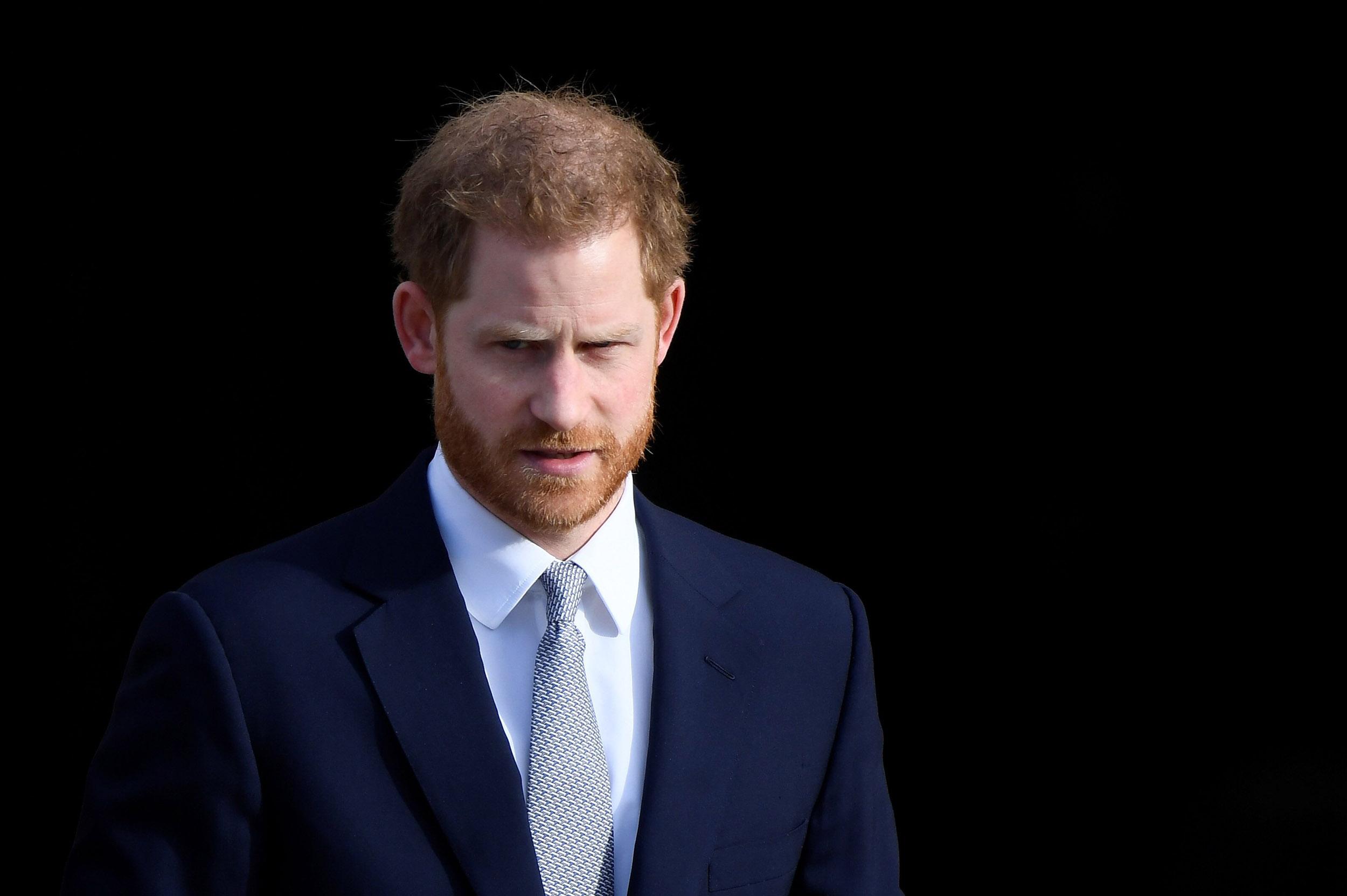 Pse Princ Harry duhet të tërhiqet nga jeta publike