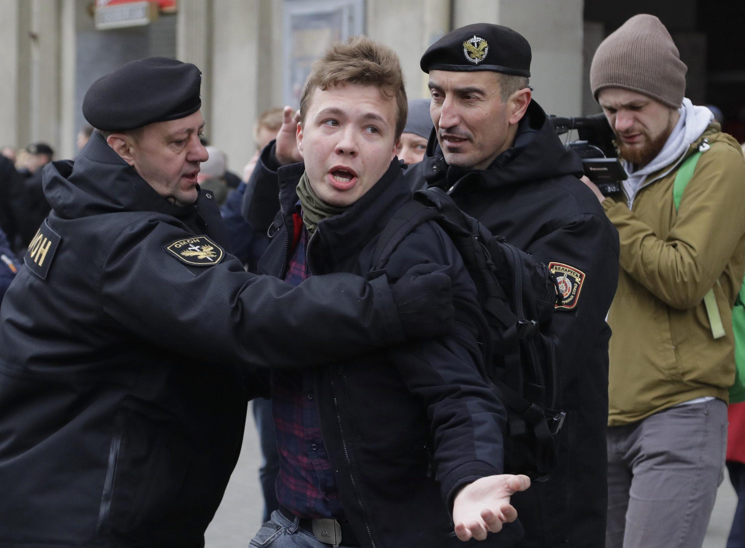 I ati druhet se mund ta torturojnë, Bjellorusia: Protasevich po mbahet në paraburgim në Minsk