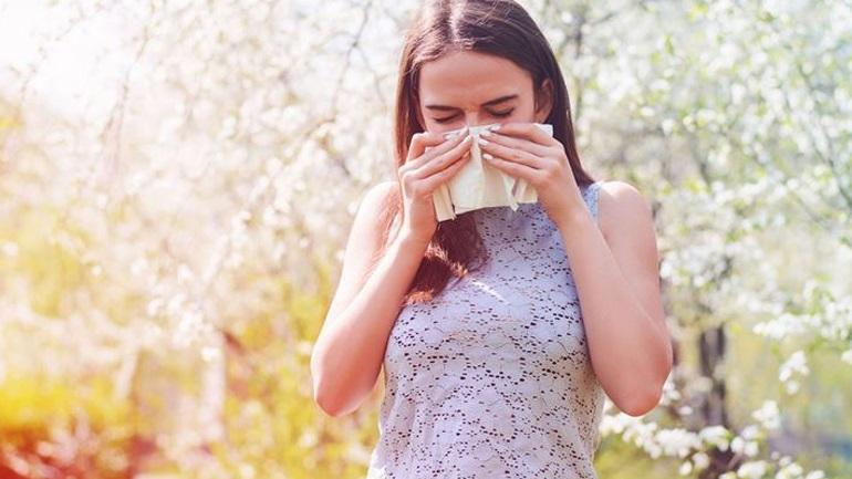 Çfarë të bëni për t'i parandaluar alergjitë e pranverës