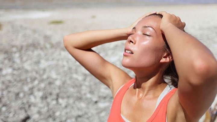 Dehidrimi: Shenjat në trupin tuaj që nuk po i merrni parasysh