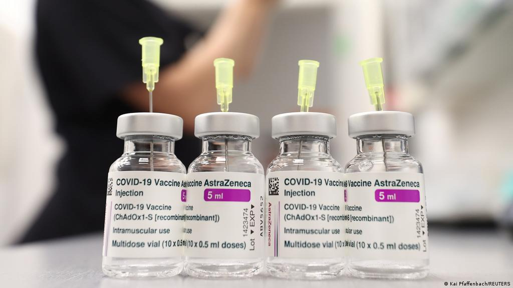 Rastet e mpiksjes së gjakut, EMA: Shkalla e vdekshmërisë pas vaksinimit me AstraZeneca në ulje