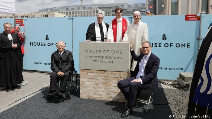 Berlin: Hebrenjtë, të krishterët dhe myslimanët nën një çati