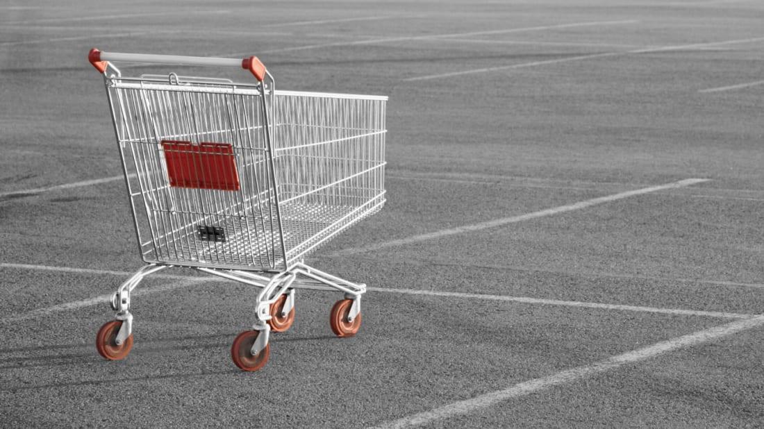 Arsyeja që disa njerëz nuk i kthejnë kurrë karrocat në vend pasi mbarojnë blerjet, sipas shkencës