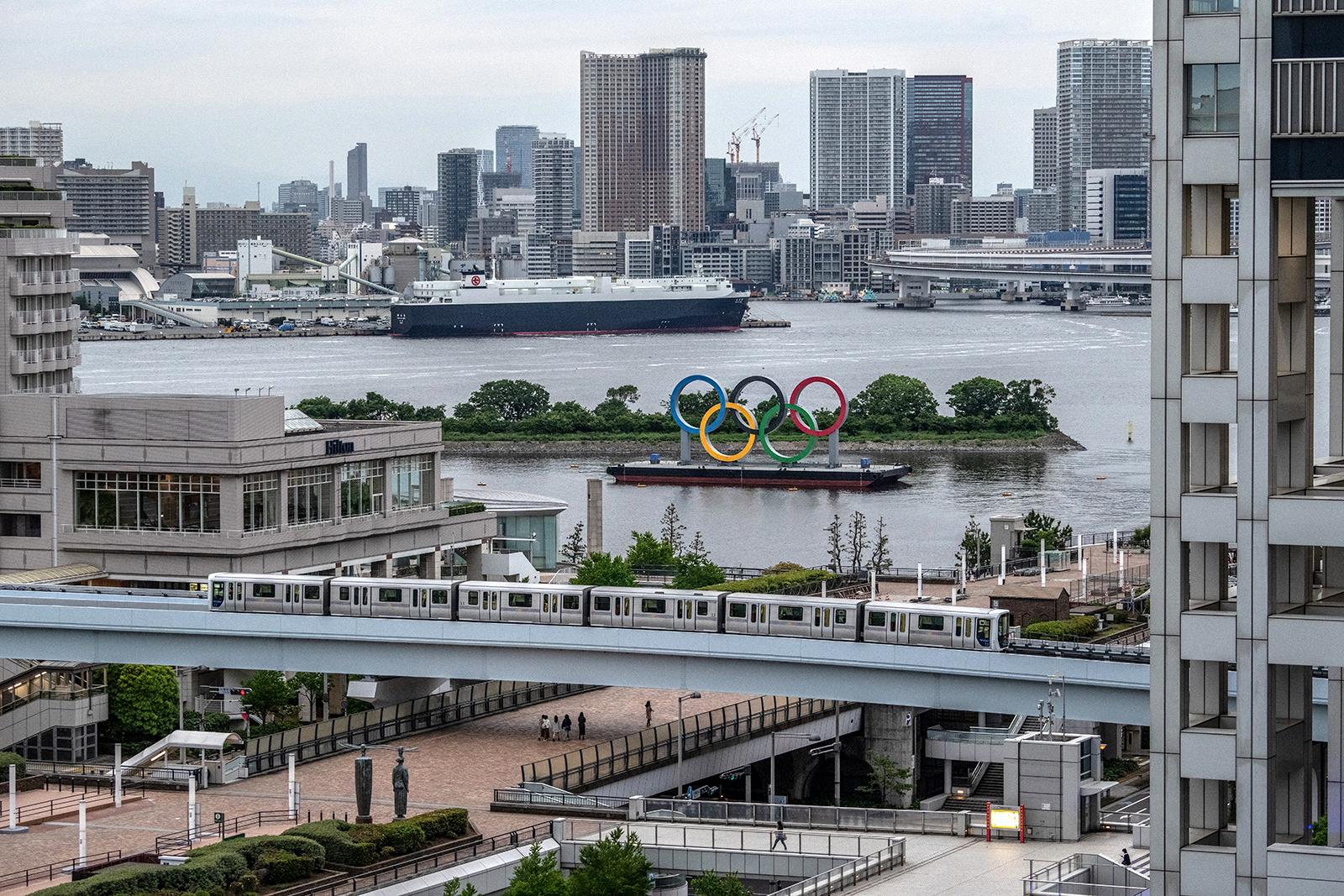 """Covid-19 """"instalohet"""" në Fshatin Olimpik, infektohen atletë të Tokyo 2020"""