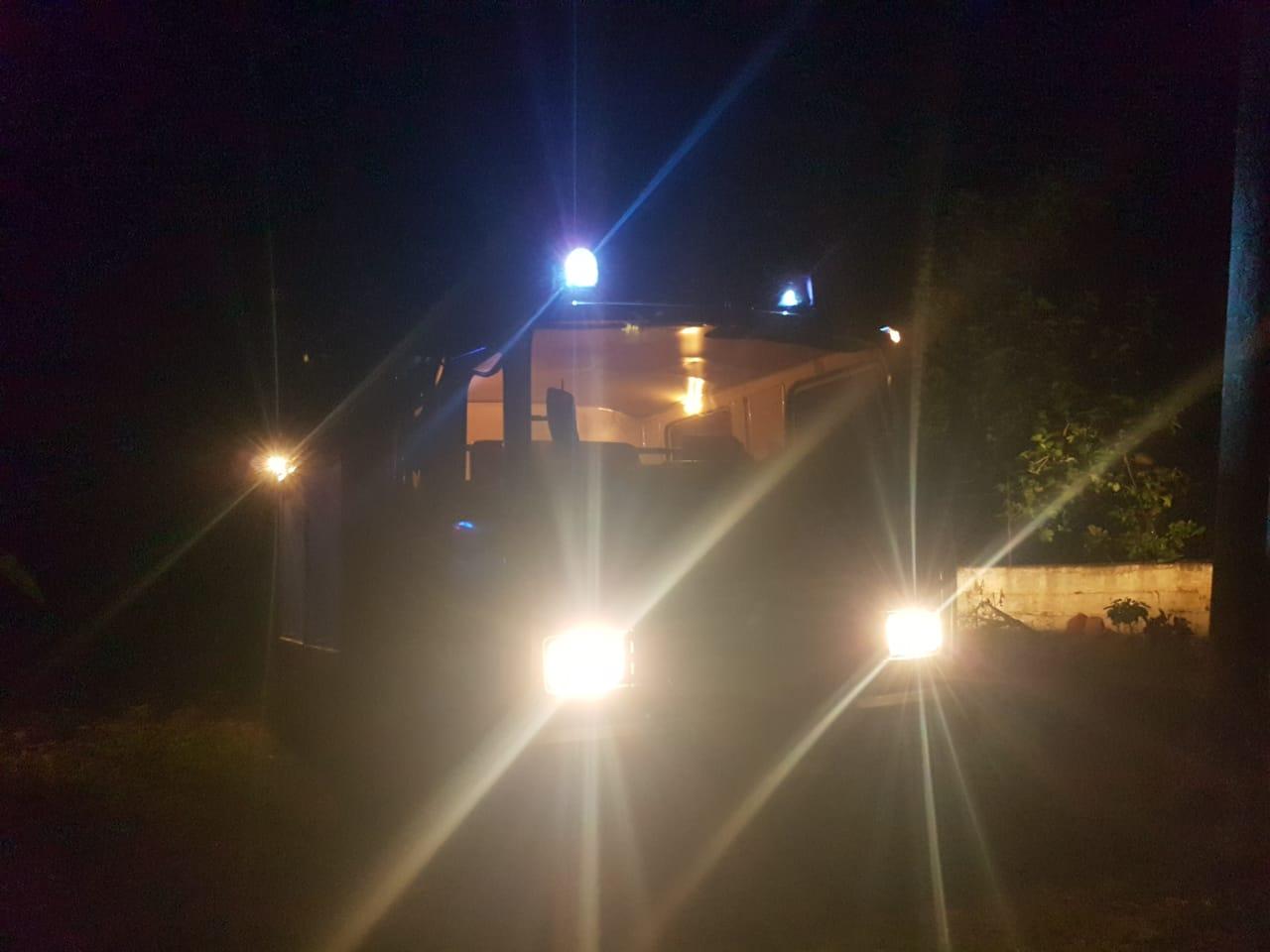 Përfshihet nga flakët gjatë natës një banesë