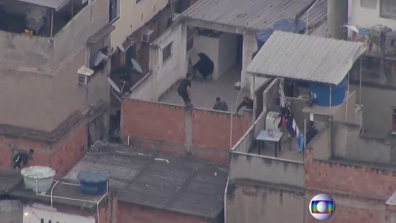 Operacioni me 25 persona të vrarë në Rio de Janeiro, banorët akuzojnë policinë