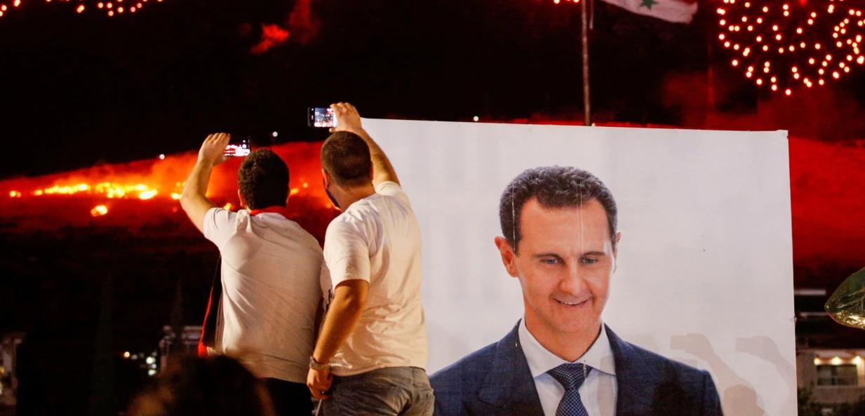Assad shpallet fitues i zgjedhjeve në Siri, mandati i katërt në krye të vendit