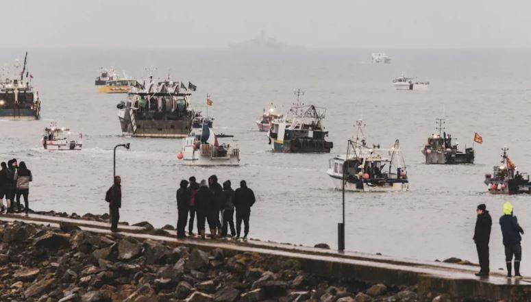Të drejtat e peshkimit në ishullin e Jersey, ulën tensionet midis Britanisë dhe Francës