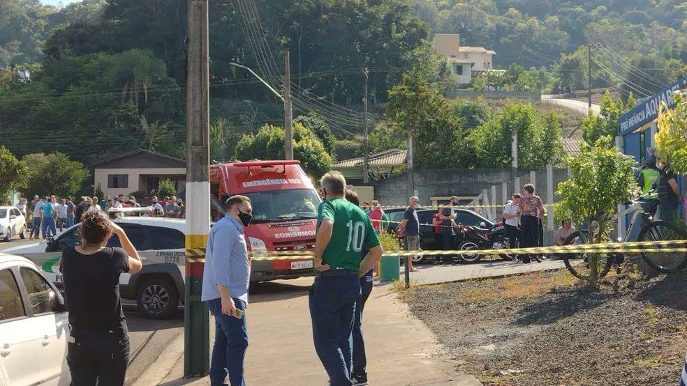 Tmerr në një çerdhe në Brazil: 18-vjeçari vret me thikë 3 fëmijë dhe dy edukatore