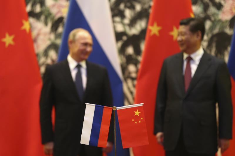 Si Kina dhe Rusia po përdorin fuqinë e tyre për të kërcënuar demokracitë