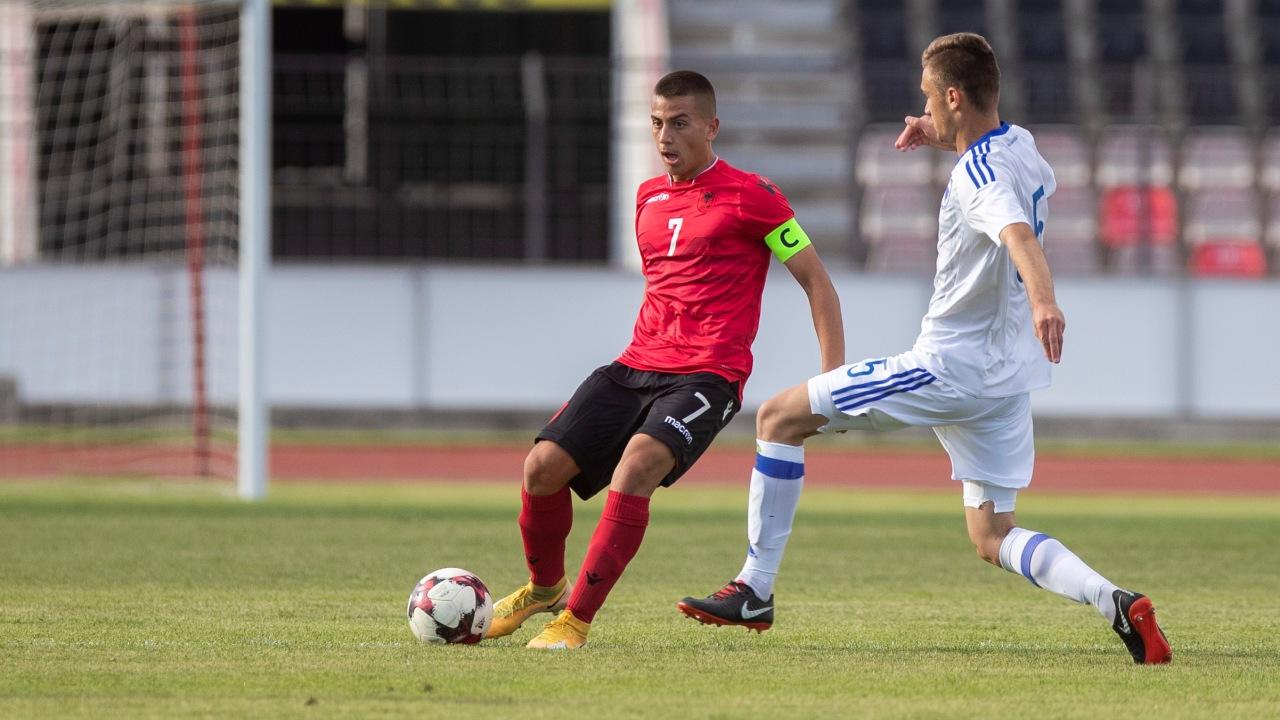 Debuton Ervin Bulku, Shqipëria U17 barazon me Bosnje Hercegovinën