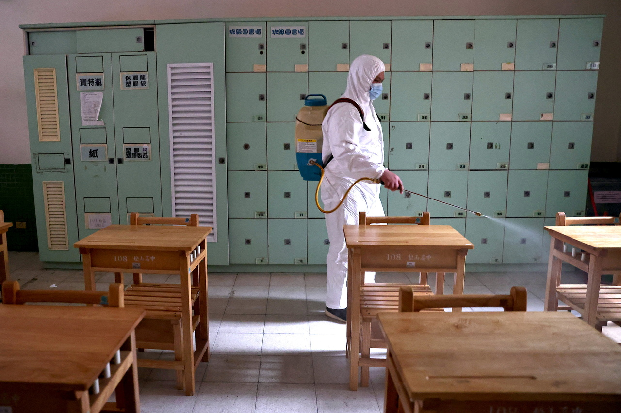 Rritja e rasteve me Covid-19, Tajvani mbyll shkollat deri me 14 Qershor