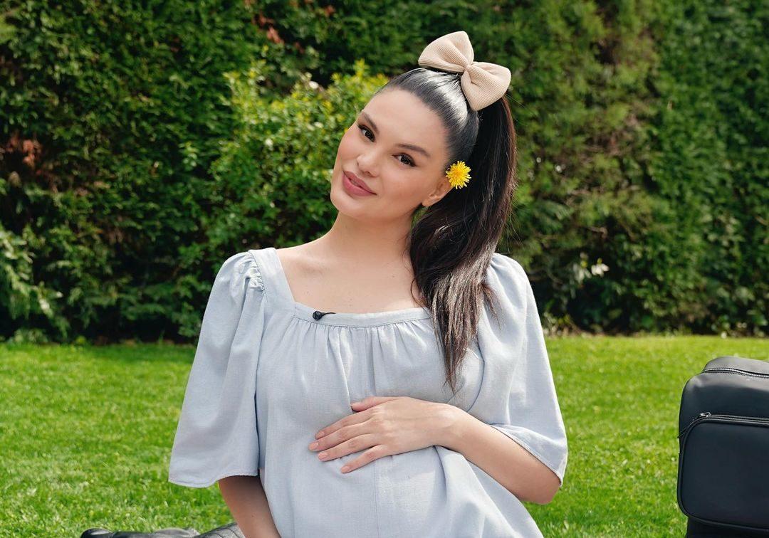 Në ditët e fundit të shtatzënisë, Almeda ndan foton e ëmbël me partnerin turk