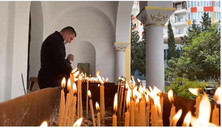 Berati, Fieri, Gjirokastra e Korça kremtojnë pashkët, besimtarët ortodoksë urojnë shëndet e mbarësi