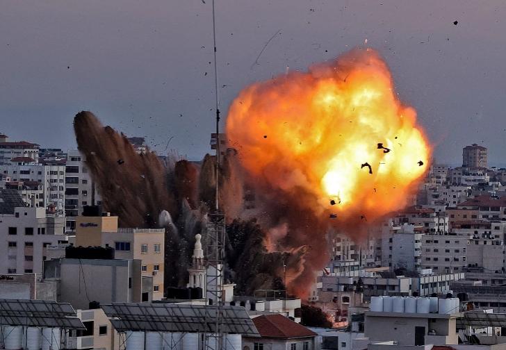 Ushtria izraelite: Tre raketa goditën vendin që nga Siria