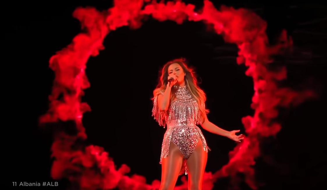 Performon e dyta në Eurovision, si mund ta votojnë Anxhela Peristerin shqiptarët jashtë vendit
