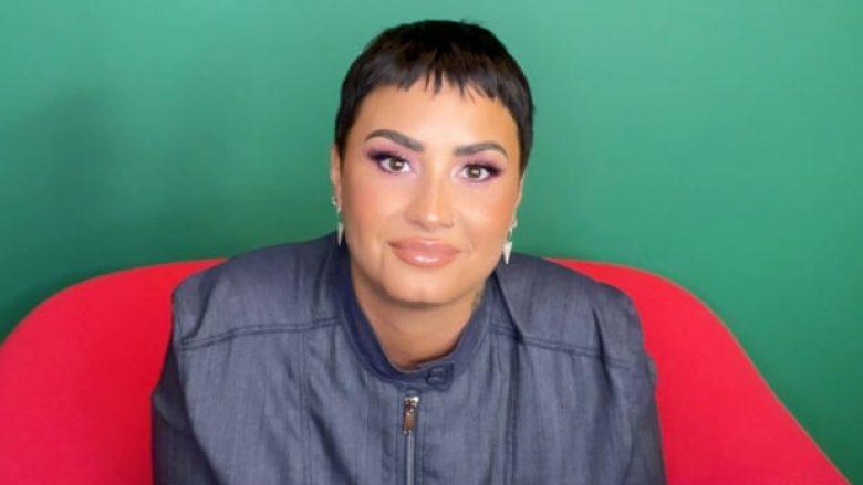"""""""Kam kaluar zyrtarisht në gjininë asnjanëse"""", këngëtarja e njohur befason me deklaratën"""