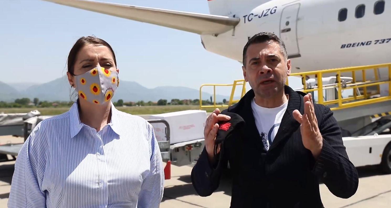 Mbërrijnë 60 mijë doza vaksine kineze, Manastirliu dhe Ahmetaj në Rinas: Premtim i mbajtur pas 25 prillit