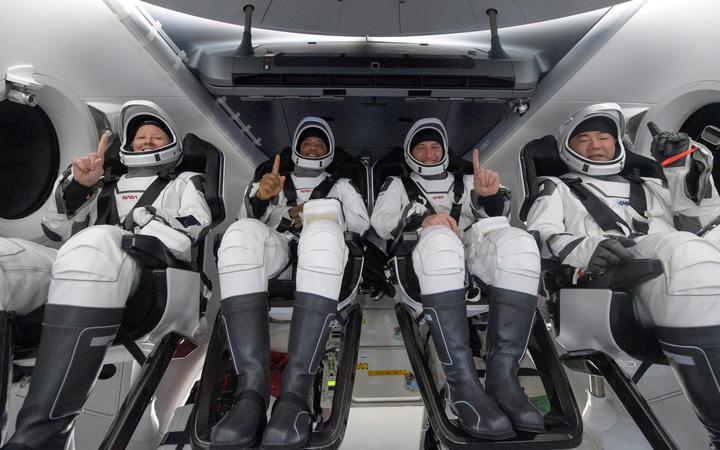 Astrounatët e Nasa mbërrijnë në Tokë pas përfundimit të misionit