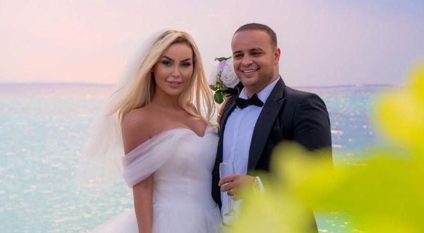 U përfol se është ndarë nga Fjolla pas dasmës në Maldive, reagon për herë të parë Fisniku