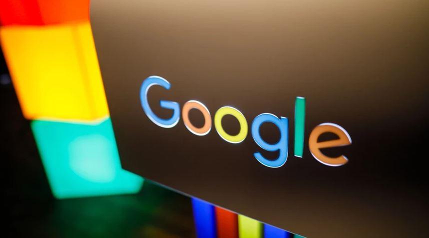 """Google """"luftë"""" të hapur me Apple, hedh hapin e parë në New York"""