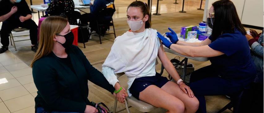Simptoma e pazakontë që gratë mund të përjetojnë pas vaksinës së koronavirusit
