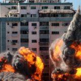 Dita e shtatë e përplasjeve, Izraeli bombardon shtëpinë e kreut të Hamas-it në Gaza