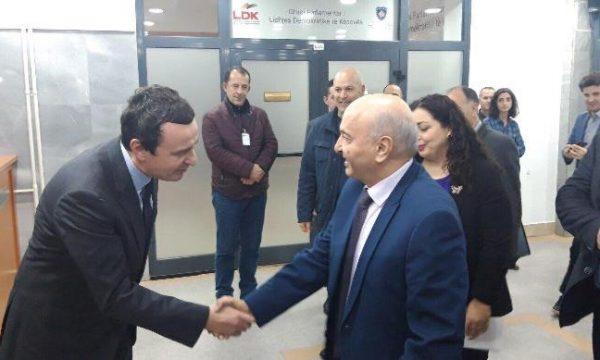 Isa Mustafa i jep një këshillë Albin Kurtit për dialogun me Serbinë