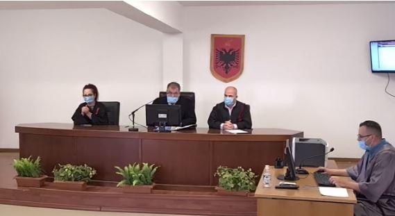 Vrasja e Pjerin Xhuvanit në Elbasan, lihet në burg Arbër Paplekajn