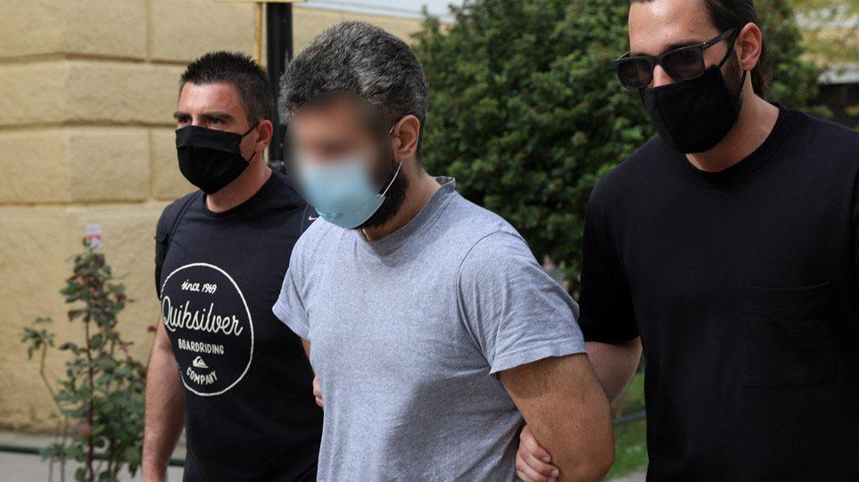 """""""Më bëri magji me papastërti dhe fije"""", pendohet i riu shqiptar që vrau grekun: I kërkoj falje Zotit"""