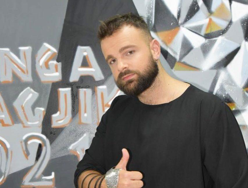 """U desh fitorja tek """"Kënga Magjike"""", që të zbulohej lidhja familjare e Albanit me këngëtaren e njohur"""
