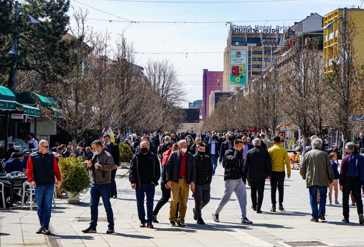 Kosova miraton masat e reja, heq kufizimin e lëvizjes, ndryshon orari i punës për gastronominë