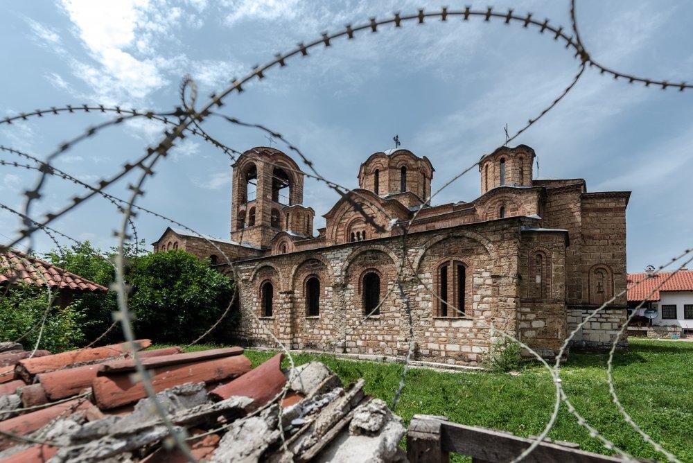 """Zgjidhja e konfliktit Serbi-Kosovë, rruga kryesore për të dalë nga """"moçali"""" ballkanik"""