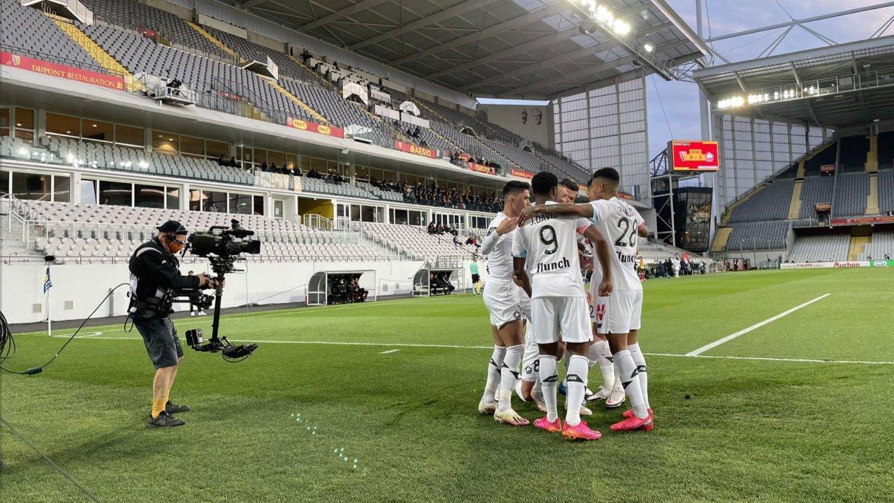 VIDEO/ Lille marshon drejt titullit në Ligue 1, Leicester i bën gjëmën vetes me Newcastle