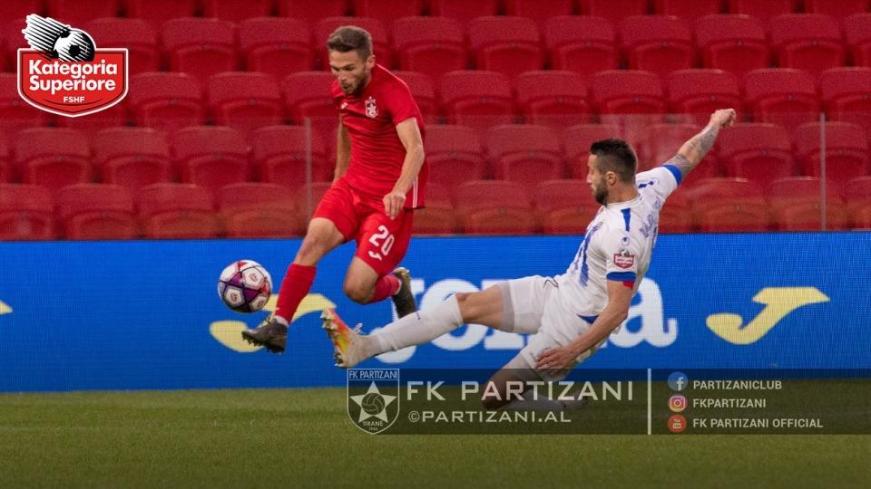 """VIDEO/ Betejë emocionuese pa gola, Tirana """"stërkëmbës"""" Partizanit në derbi"""