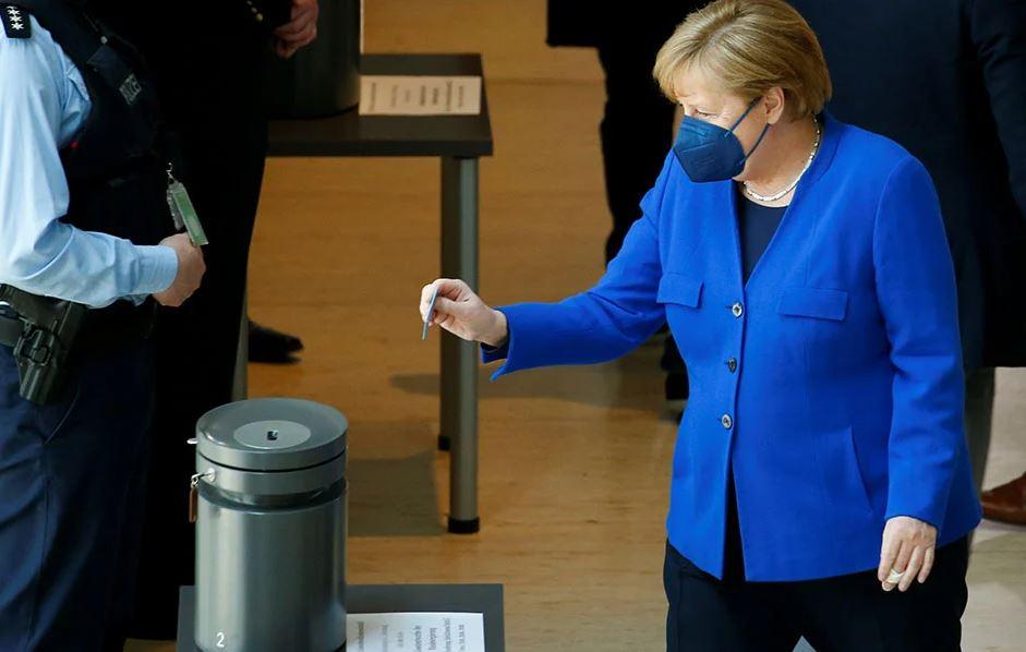 Merkel dhe Macron i bashkohen Biden: Të hiqet patenta e vaksinave kundër koronavirusit