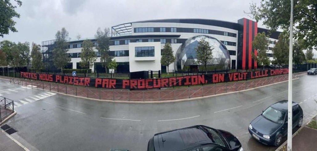 """""""Duam Lille kampione"""", ultrasit thirrje për tolerim për inat të PSG-së"""
