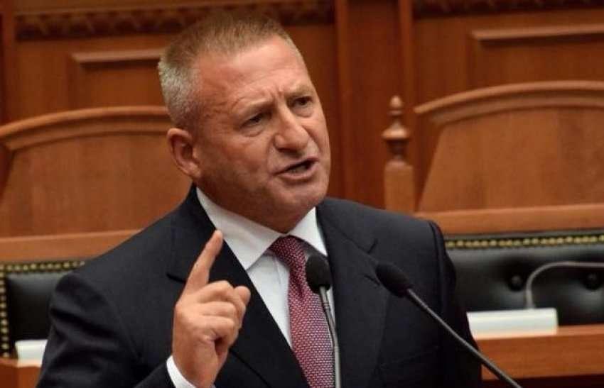 Ndoka dha dorëheqjen, flet senatori i partisë: PD na preu në besë, hapim derën, ejani merrni PDK-në