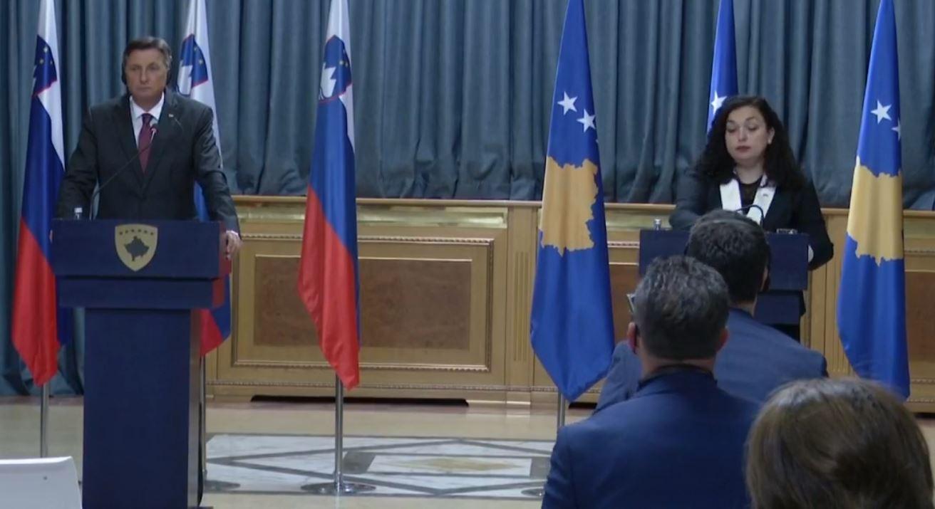 """""""Kundër ndryshimit të kufijve"""", Pahor: Dialogu Kosovë-Serbi të zgjidhet me sinqeritet politik"""