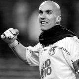 Ditë e errët për futbollin francez, gjendet i pajetë ish-portieri i PSG