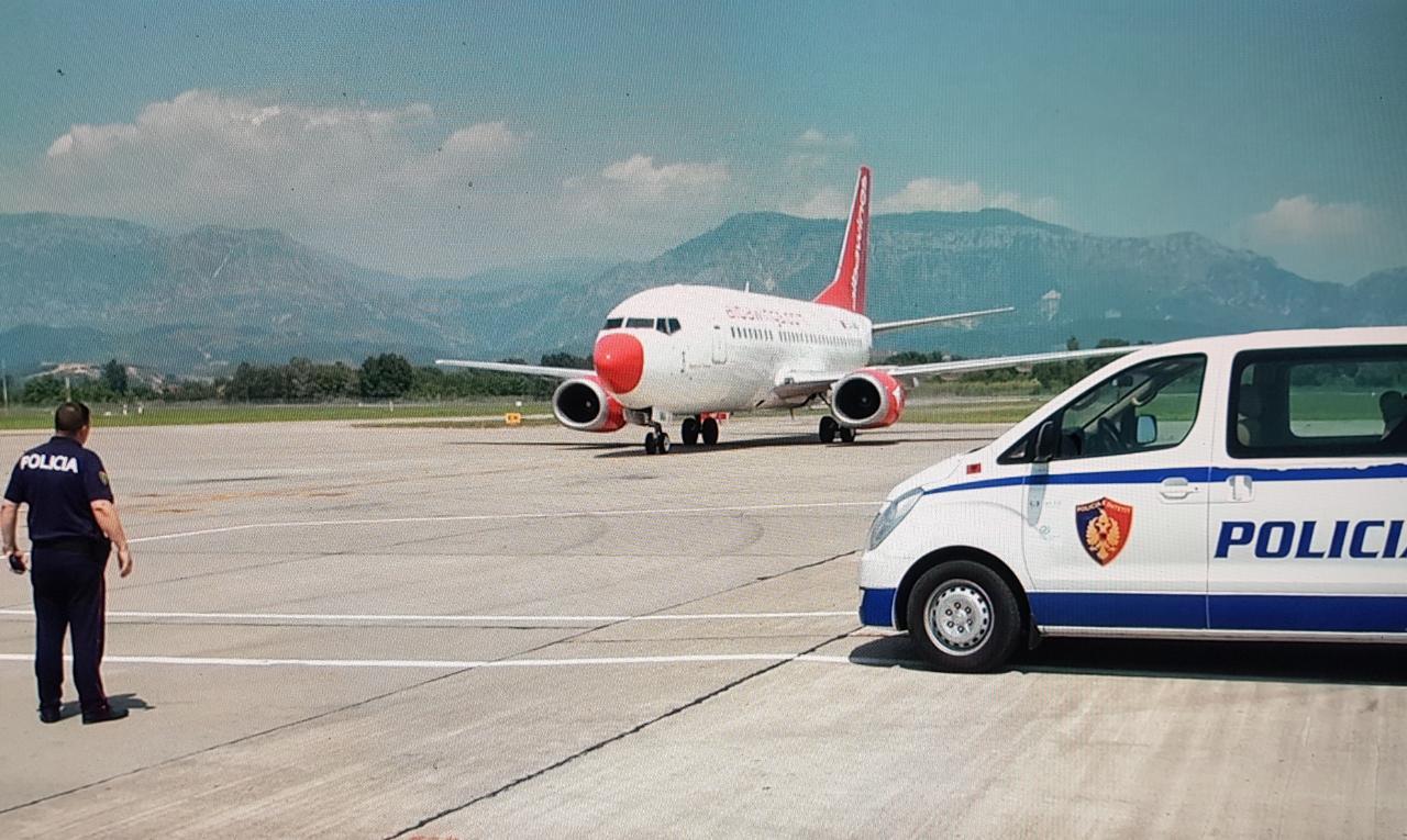 EMRI/ I shpallur në kërkim ndërkombëtar për mashtrim, arrestohet në Tiranë italiani