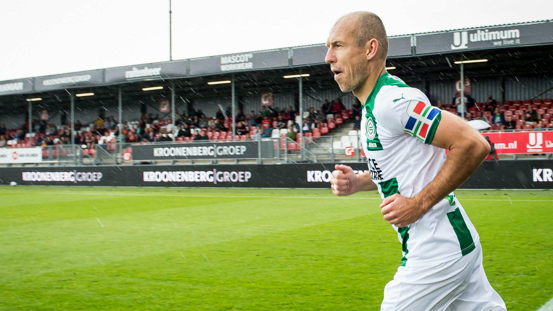 Robben: Nëse De Boer më telefonon, do shkoj me Holandën në Europian