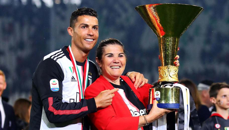 """""""Do e bind të kthehet këtu, vjen vitin tjetër"""", mamaja e Ronaldos tregon planin për djalin"""