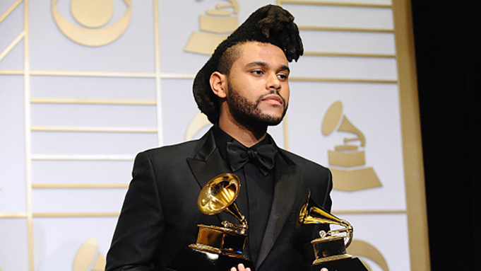 """Pas ndryshimit të rregullave, The Weeknd nuk i del inati ndaj """"Grammy-t"""""""