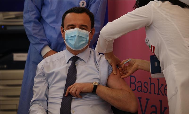 Kurti: Deri në fund të vitit, vaksinohen 60% e popullsisë