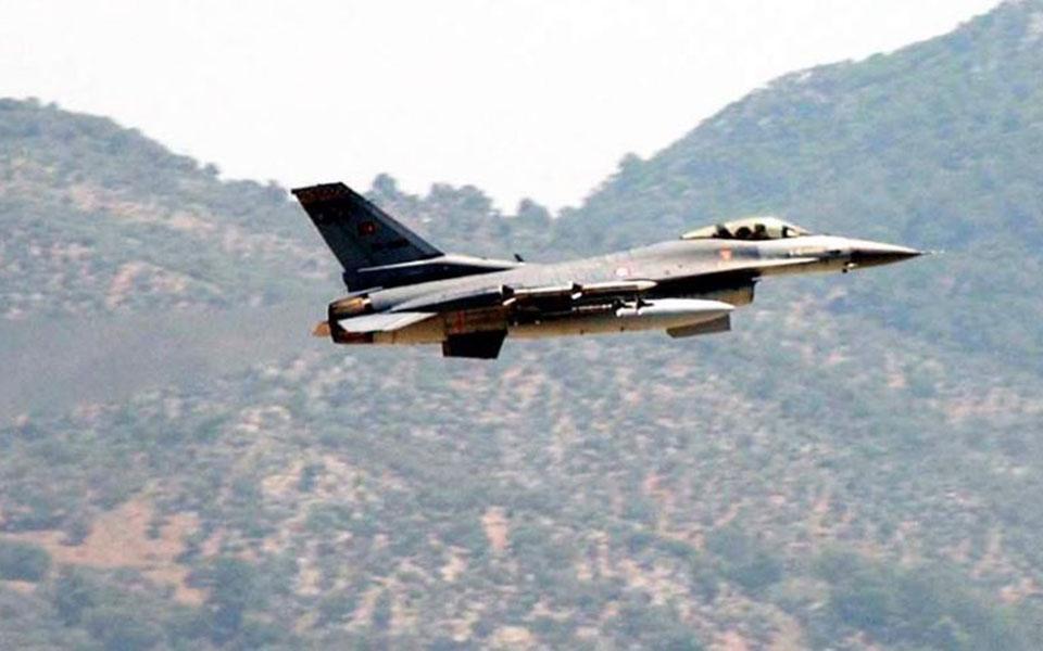 Sdida të reja, avionët F-16 turq kalojnë mbi Greqi