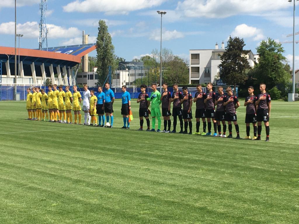 """Spektakël, gola dhe në fund """"paqe"""", Shqipëria U16 nuk ia del ndaj Lituanisë U16"""