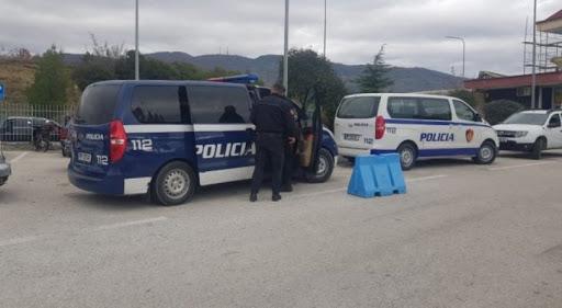 Arrestohet 21-vjeçari nga Bangladeshi në Kakavijë, po sillte emigrantë në Tiranë