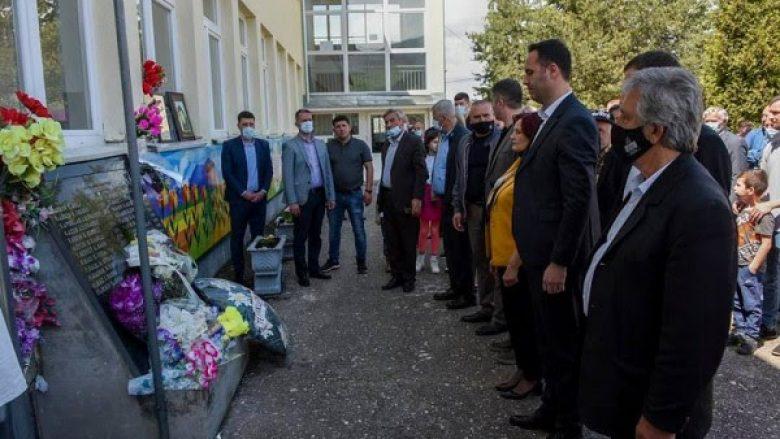 Konjufca: Të punojmë për ndëshkimin e kriminelëve serbë të luftës